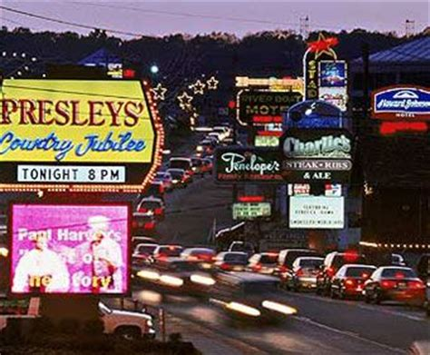 Hotels on the Strip in Branson, MO