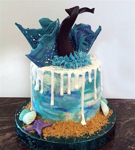 17 Best images about Whale / Dolphin / Shark / Sea cakes