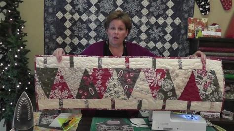 Christmas Table Runner using the Large Wedge Tool